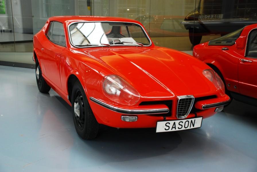Från Saabmuseet kommer sportbilen Catherina. Den formgavs av Sixten Sason och baserades på komponenter från Saab 96. Planerna var långt gångna men Catherina förlorade till slut mot ett annat designförslag – Sonett II.