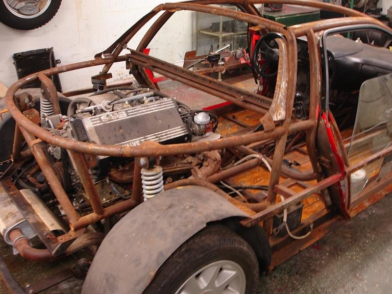 2010 hade projektet att återställa bilen kommit en liten bit på väg.