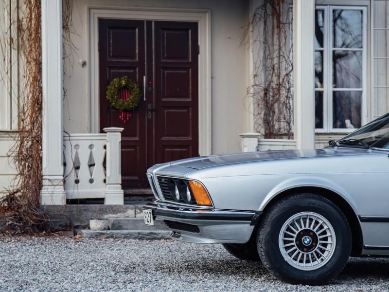 Abbas bil på auktion