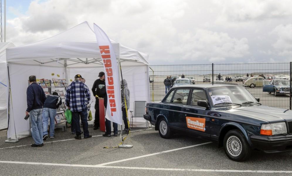 Klassikers Fredrik Nyblad är på plats med sin Volvo 240 som nyligen fått luftkonditionering och han berättar gärna mer om hur det gick till.