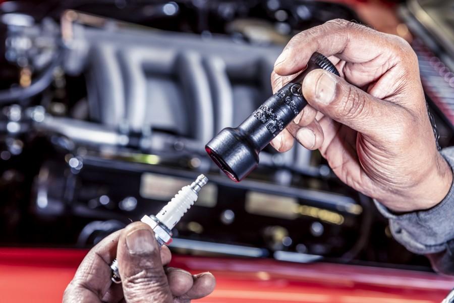 Tändstiftshållare var en del av verktygssatsen för Mercedes-Benz 300 SL. Nu nytillverkas den med hjälp av 3D-skrivare i polyamid.