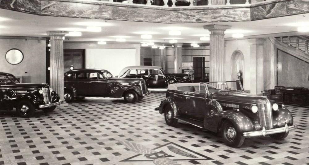 I Marmorhallarna 1937
