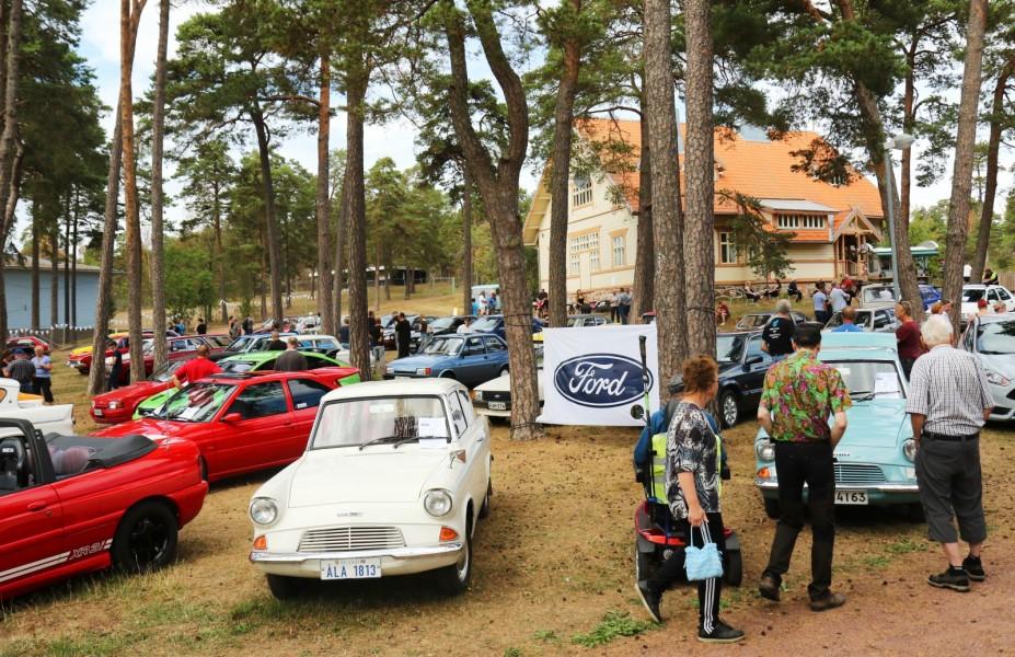 Spara bilen – åk färja till Åland!