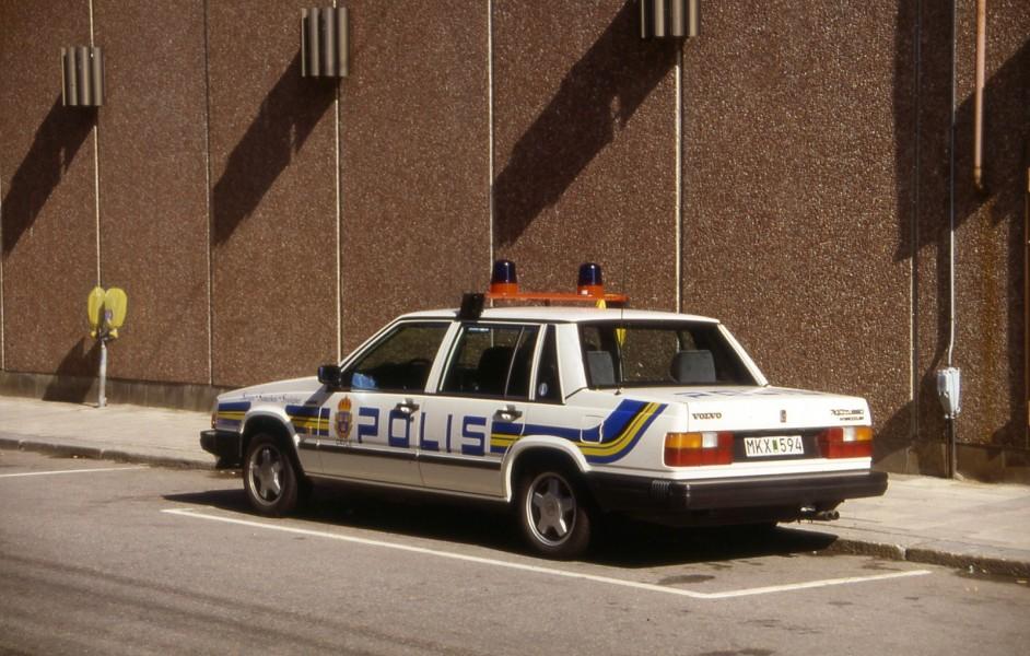 Volvo 740 polisbil – med inspiration från USA