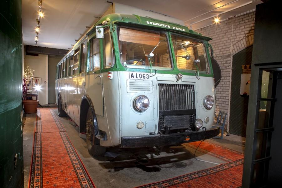 Bussen med två liv!