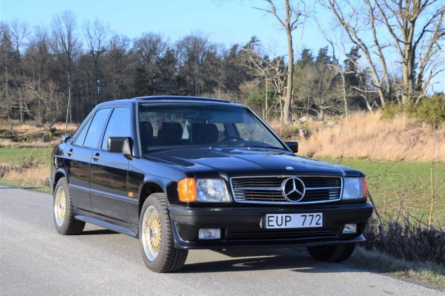 Åttiotalsmoddad Mercedes på auktion!