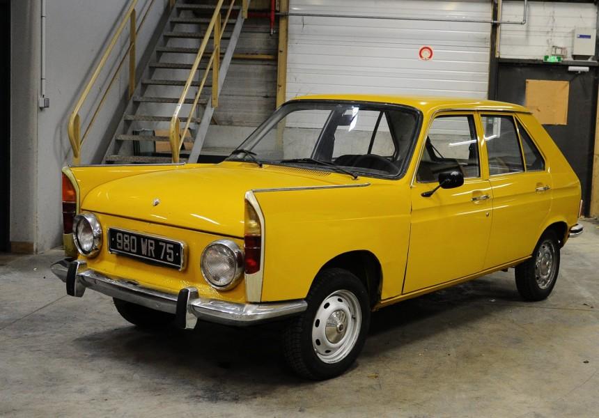 Bakvända bilar sålda på auktion