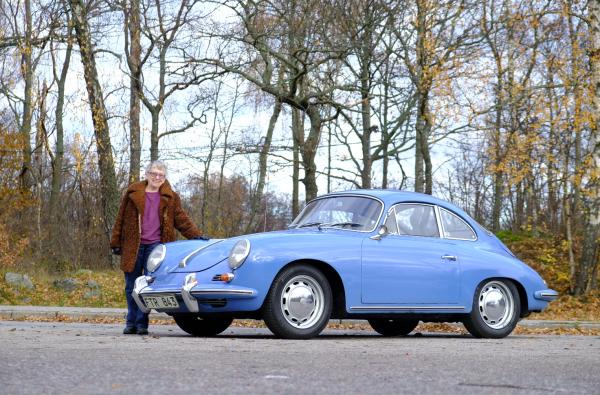 Tidigare ägaren Seena återförenas med Porschen.