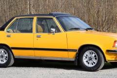 Nyfiken gul? Commodore GS/E på auktion!
