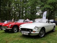 Brittiska bilar i Hjo
