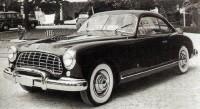 Det är inte lätt att sen men det är en Mercury från 1950 - från Farina.