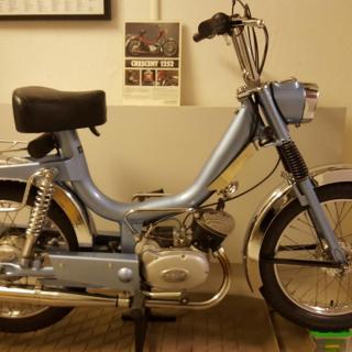 Crescent compact 1252 1975