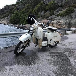 Monarscooten -63