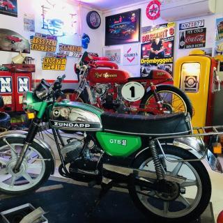 Grön GTS 50