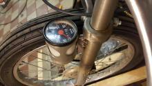 En helt vanlig hastighetsmätare blir väldigt cool om den placeras några ynka decimeter från marknivå.