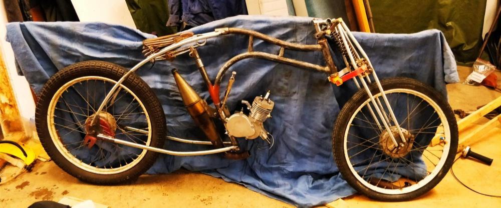 Det ser ju precis ut som en ... ehh .. moped?