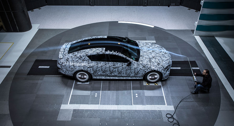 Mercedes visar AMG GT Coupe