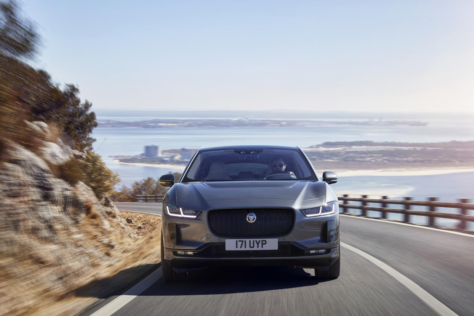 Eldrivna Jaguar I-Pace klarar 48 mil