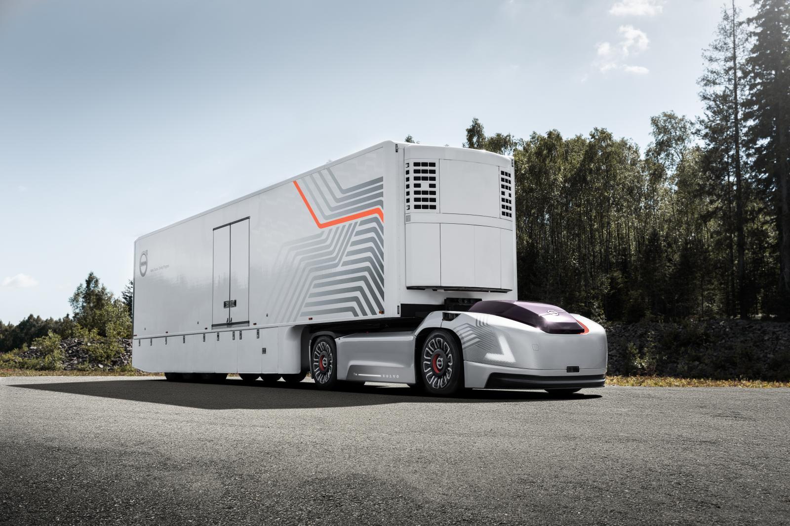 Volvo Lastvagnar visar framtidens transport