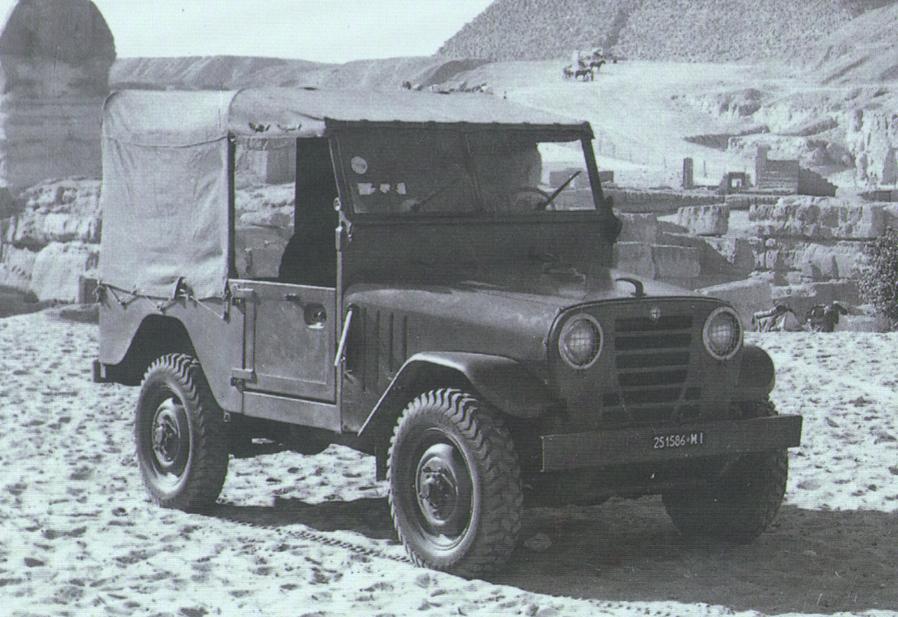 Stelvio är inte Alfa Romeos första suv. På bilden syns Alfa Romeo Matta eller 1900M, en terrängbil som tillverkades på 1950-talet.