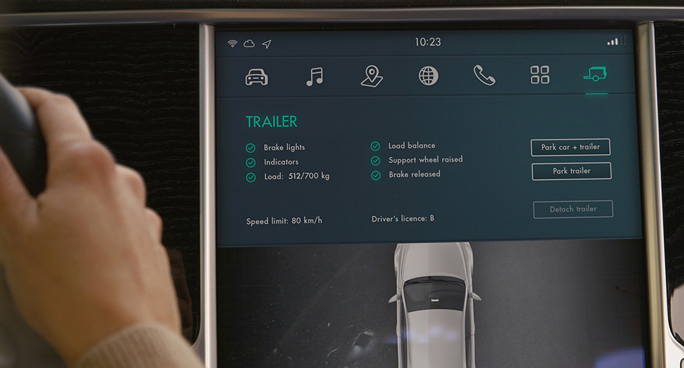 Ny uppfinning kopplar ihop bil och släp automatiskt