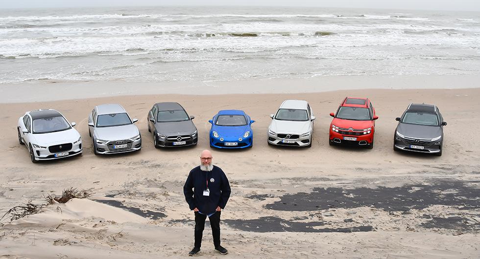 Vi Bilägares redaktionschef Tommy Wahlström, tillika jurymedlem i Årets Bil, hade Jaguar I-Pace, Audi A6, Mercedes A-klass, Alpine A110, Volvo V60, Citroën C5 Aircross och Hyundai Nexo som sina favoriter till vinsten. Av dessa är nu Audi A6, Volvo V60 och Hyundai Nexo bortsållade.