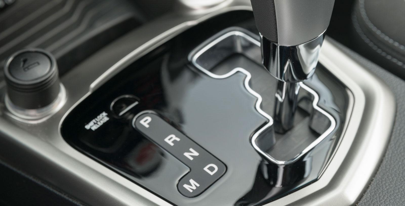 SsangYongs sexstegade automatlåda är ingen höjdare. Åtminstone inte i kombination med bensinmotorn på 128 hk.