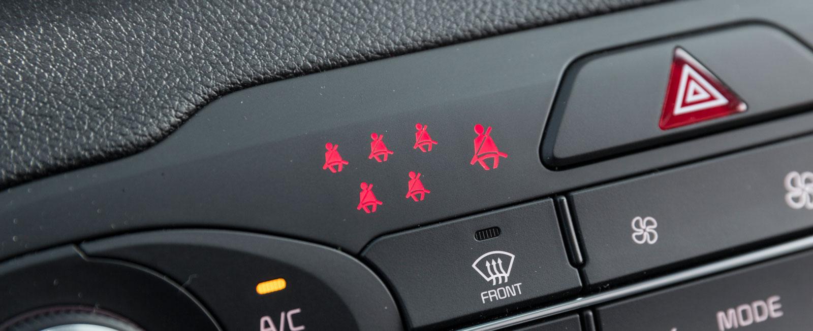 I KIA har alla passagerare sin varningssymbol och föraren en egen.
