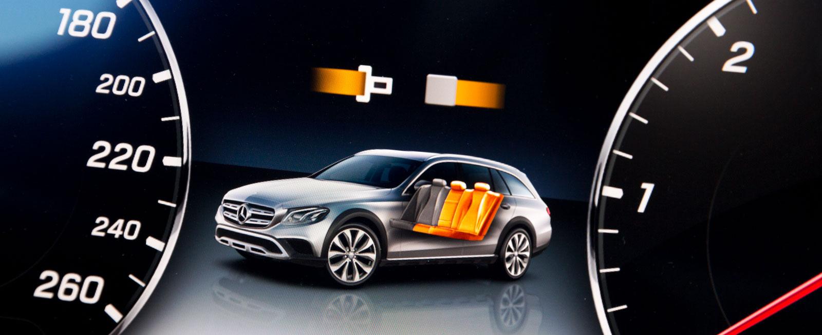 Audi, Mercedes och Volvo har bältesindikering för alla platser.