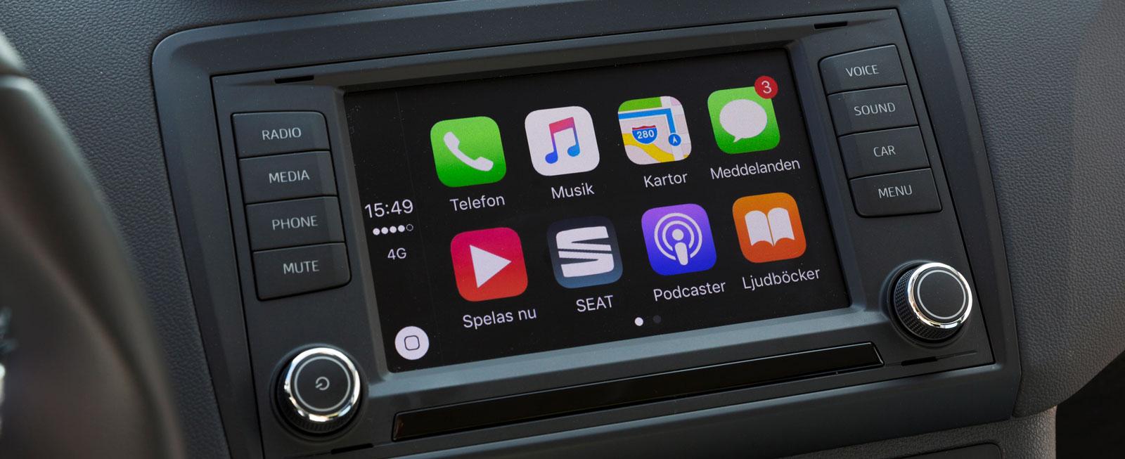 Med ansiktslyftningen fick gamla Ibiza moderna funktioner som Apple CarPlay/Android Auto. Det går att köpa löst, eller följer med Connect-paketet.