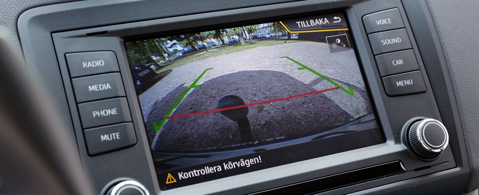 Backkamera är en annan nyhet som kom med uppdateringen inför modellår 2016. Kostar 2200 kr.