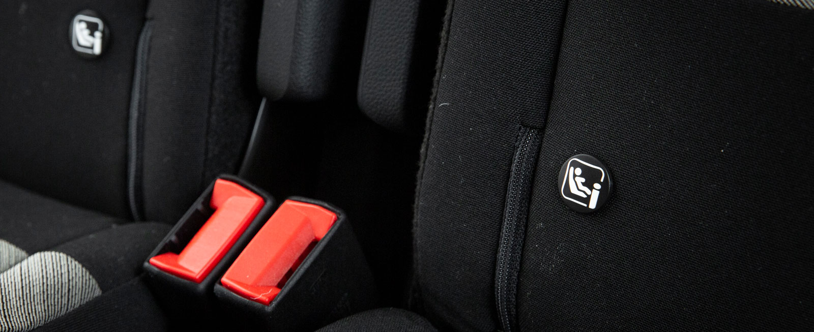 Citroën har tre separata bakstolar med var sitt Isofixfäste.