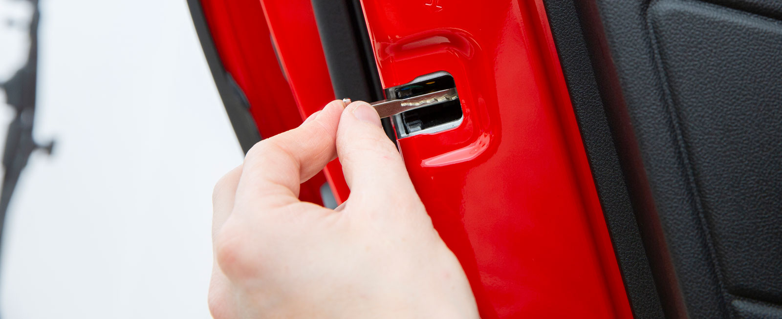 Pilliga barnlås hos Ford. Nyckeln måste tas isär. Elektriska är tillval.