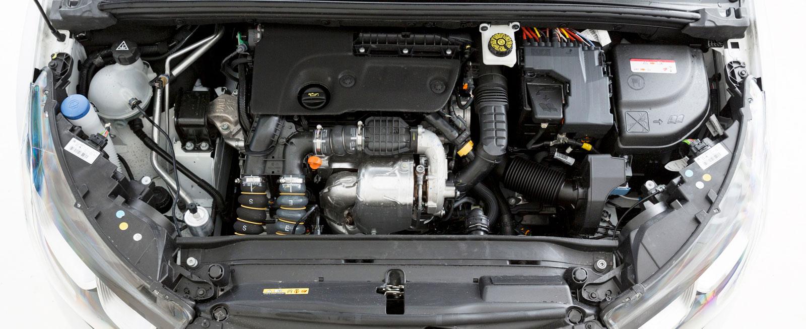 Citroëns diesel arbetar föredömligt mjukt och tyst och är hyfsat snål på dropparna. Automatlådans växlingar sker oftast mjukt och behagligt.