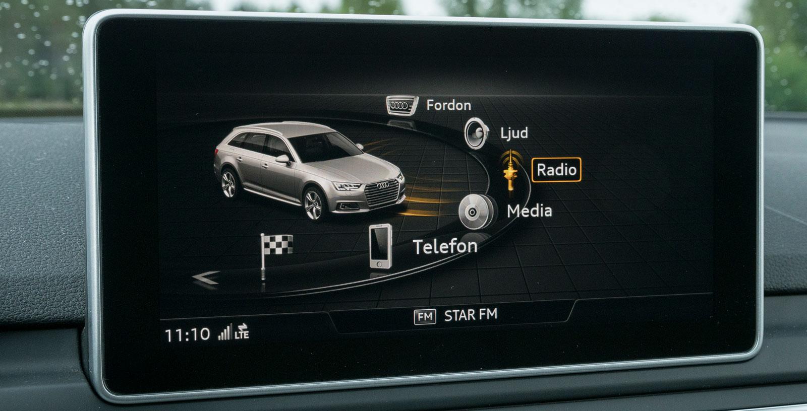 Audis mediesystem erbjuder många möjligheter och har en läcker, krispig grafik. Placeringen av reglagen framför växelväljaren är ovanlig men man vänjer sig snabbt.