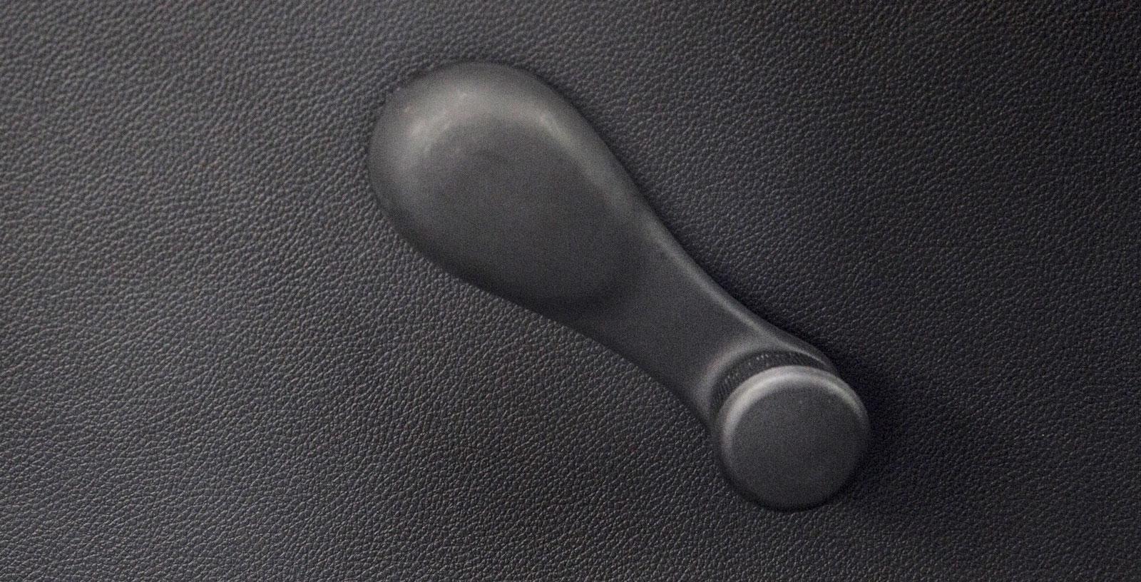 Bakdörrens sidoruta kan vevas ned, precis som i vilken annan större bil som helst. En detalj kanske? Fråga vad barnen tycker!
