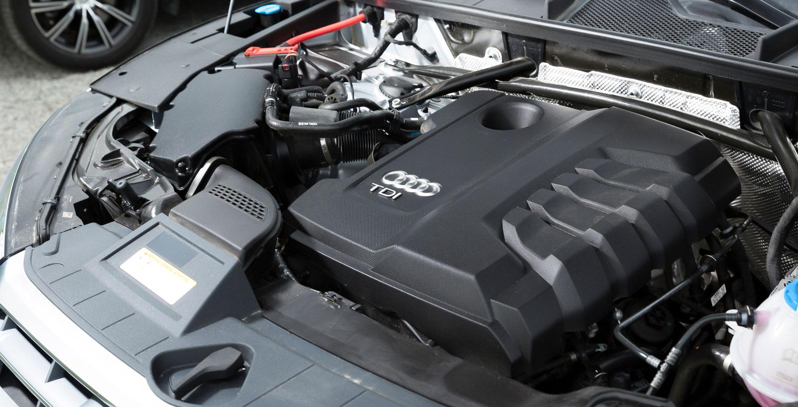 En maskin som gör ett starkt och riktigt tyst jobb, dieselkaraktären är nästan helt borttonad. I låg fart kan dock DSG-lådan arbeta en smula ryckigt.