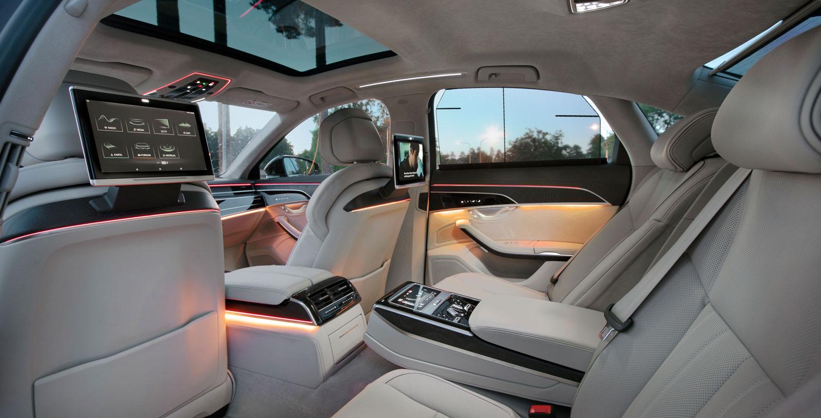Satsar man de extra tusenlappar som krävs finns mycket att välja på för att göra Audis baksäte maximalt bekvämt. Så här såg det ut i vår testbil.