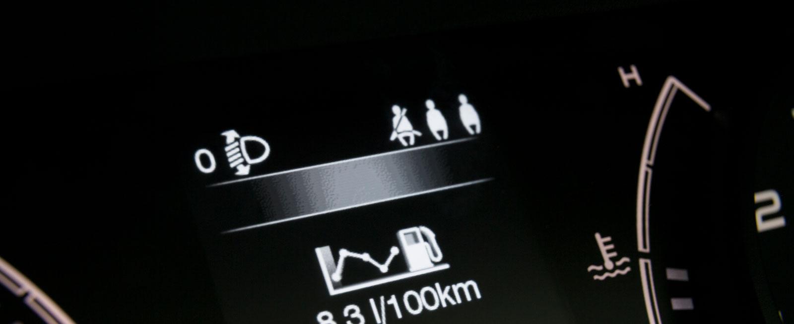 I Fiat markeras bältesanvändningen i baksätet med just ett bälte.