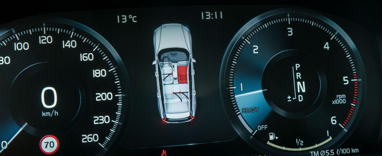 I Volvo kan man knappast ta fel på hur bältessituationen ser ut.