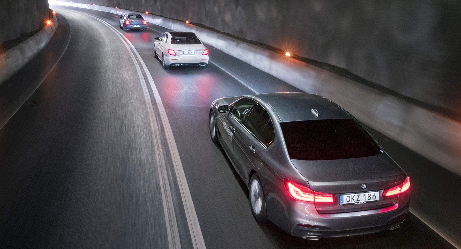 Nya BMW 5-serien på väg mot ljuset i tunneln. Men har den vad som krävs för att bli klassens nya ledstjärna?