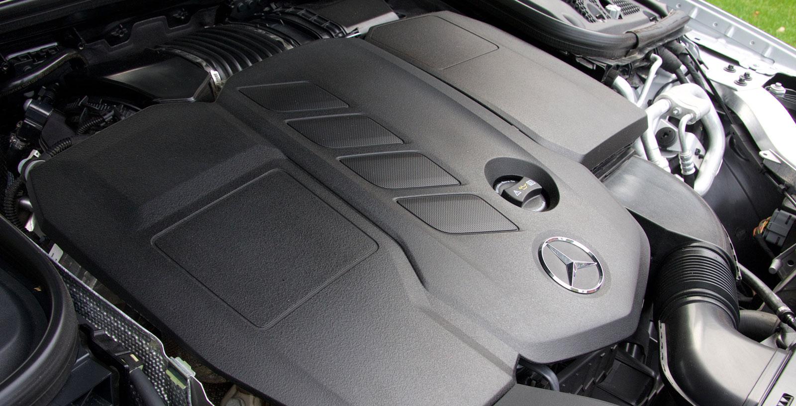 Mercedes har testets bästa motor, en rivig diesel som ger bilen bra fart men som ändå håller igen på förbrukningen.