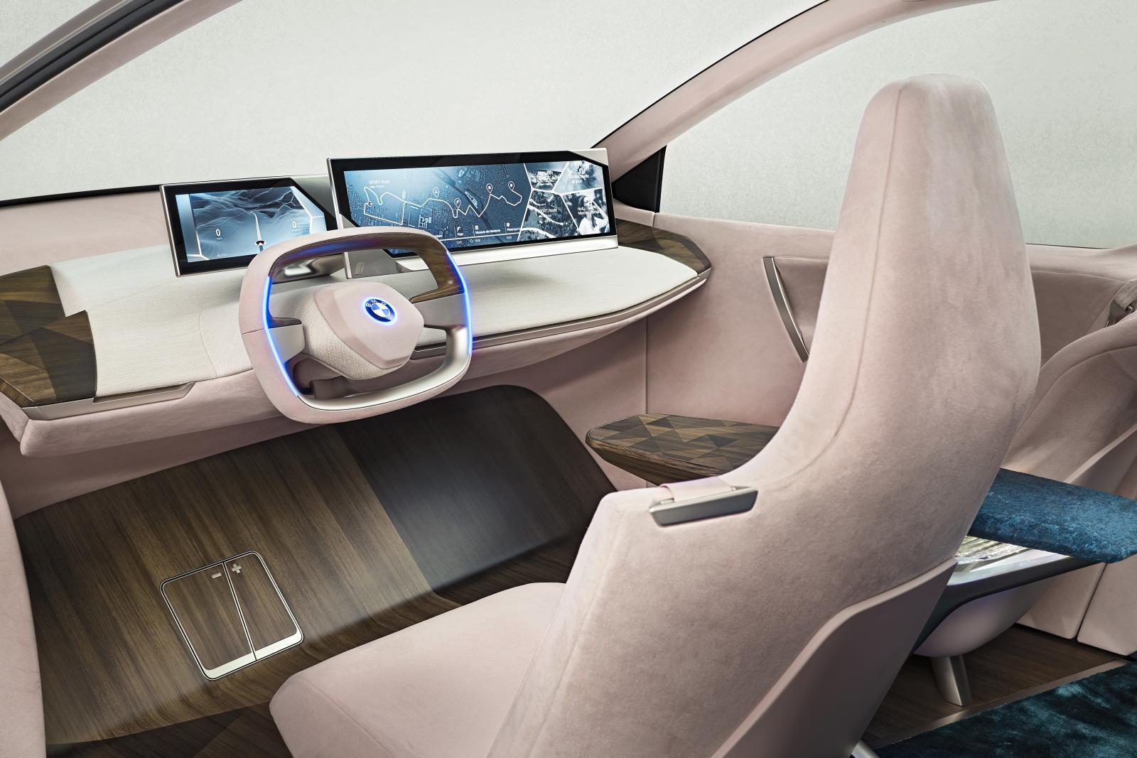 Dold teknik i framtidens interiör från BMW