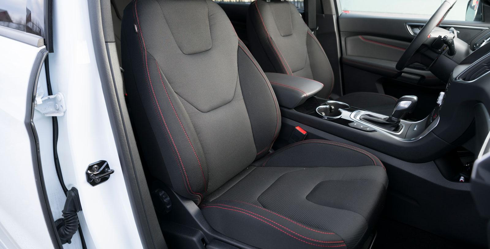 Även med avstängd adaptiv farthållare används radartekniken för att visa avståndet till bilen framför. Ett bra sätt att hålla på tresekundersregeln.