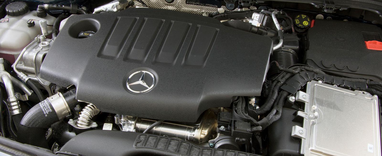 Nya 220-dieseln är på två liters volym och ger hela 190 hk. Härligt kraftflöde paras med trivsam gång och testets lägsta bränsleförbrukning.
