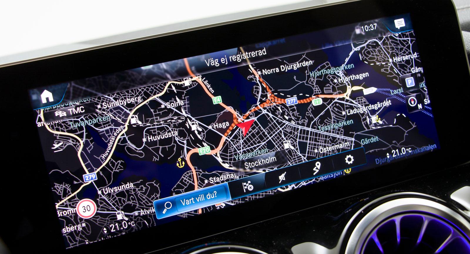 Mercedes' största system har oändliga funktioner och möjligheter att styra saker och ting. Principerna är enkla, sedan gäller det att minnas vad som finns var.