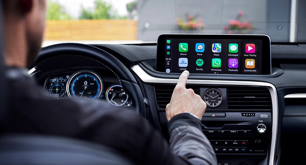 Lexus RX får pekskärm