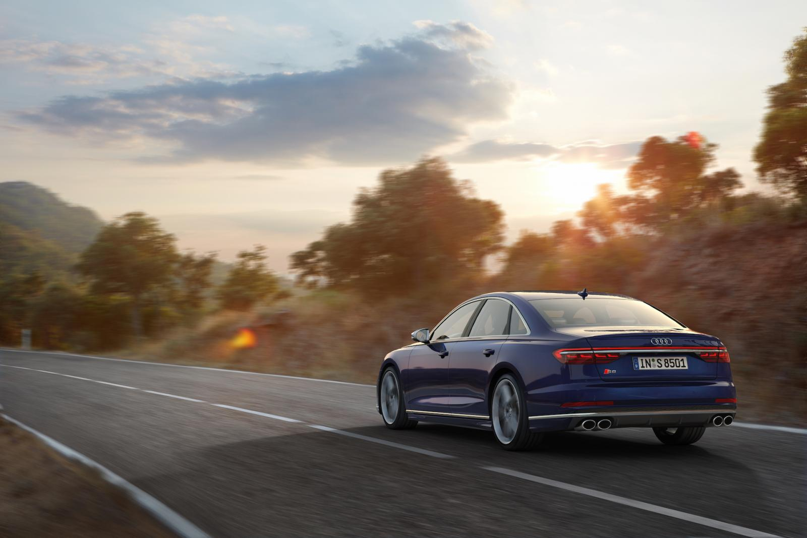 Nya Audi S8 officiell