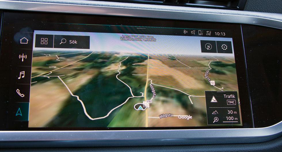 Audis tillvalsvisning från Google i navigationen är kusligt realistisk. Enkel skötsel av de allra flesta funktionerna, dessutom.