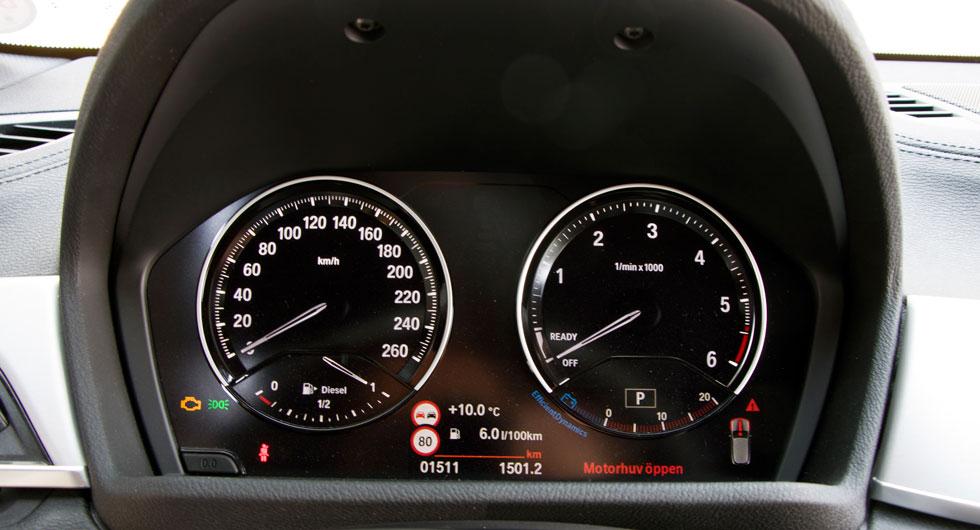 Mycket tydligare blir det inte – BMW:s tradition med klar grafik framför föraren håller i sig i X2.